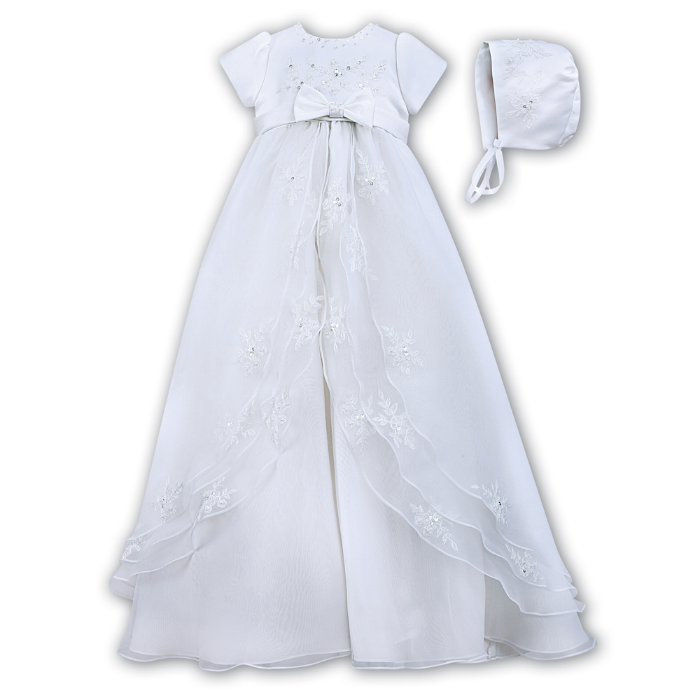 Sarah Louise Christening Gown & Bonnet – 001068